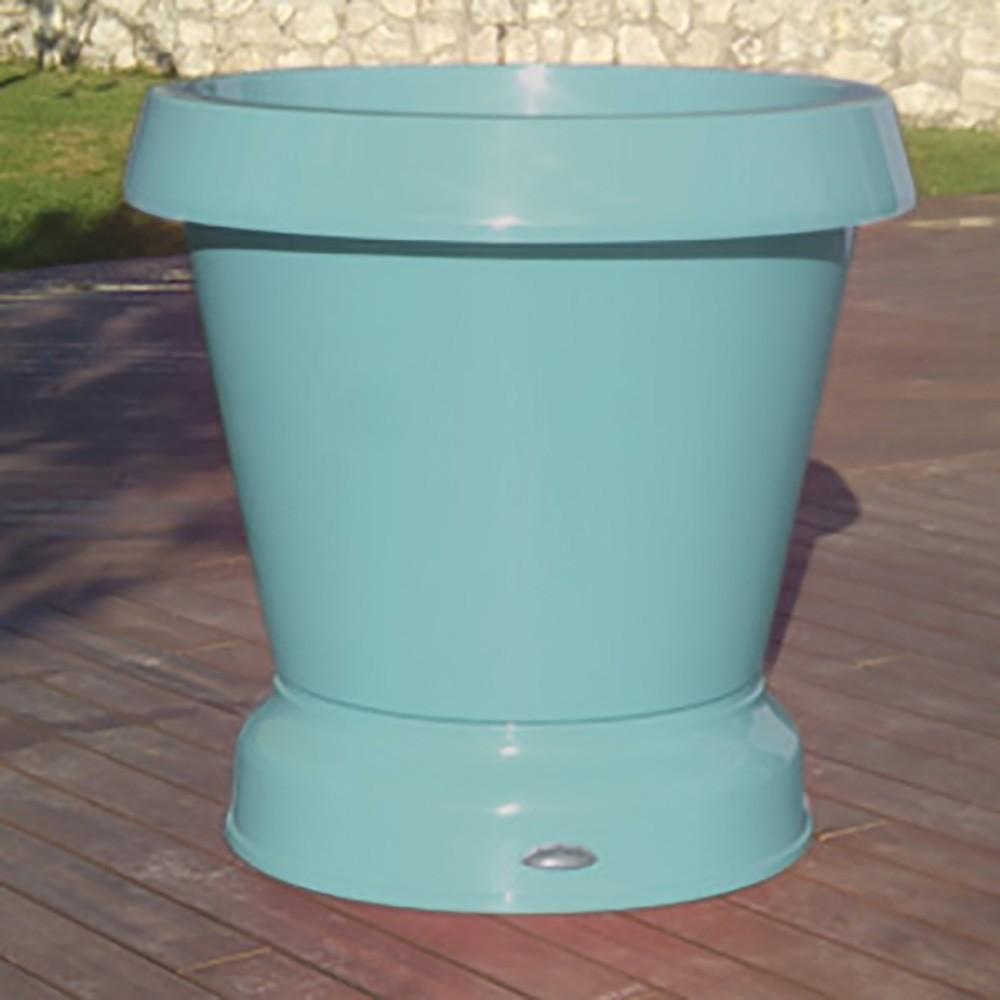 pot de fleur bleu pastel à roulettes
